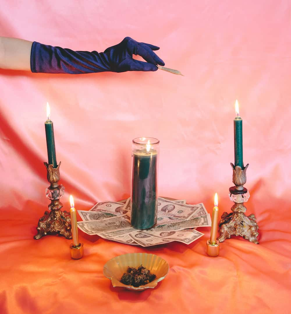 The High Priestess: Creating a Green Altar for the Virgo Full Moon